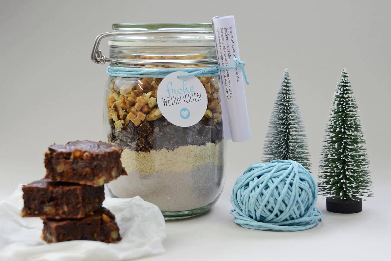 Brownie-Backmischung mit Geschenkanhänger und Rezept